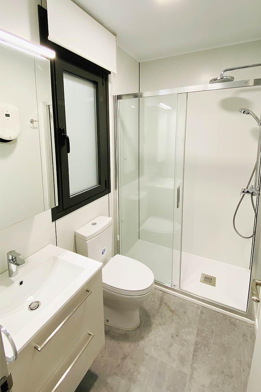 Baño casa prefabricada.