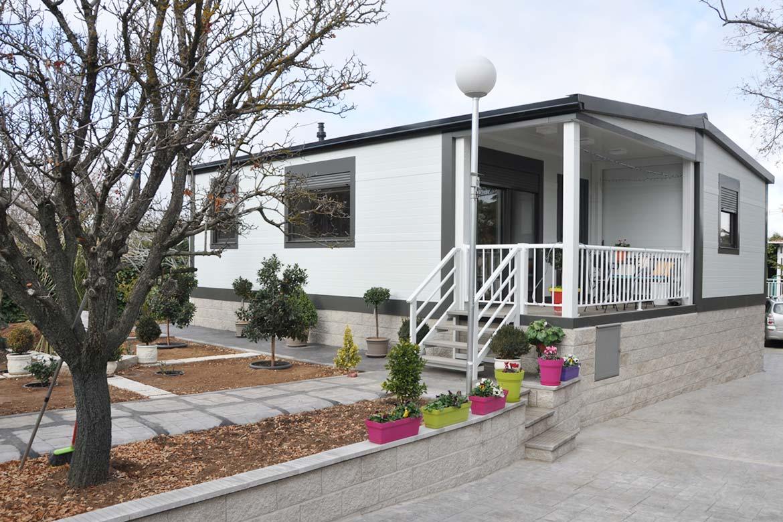 Casas prefabricadas en parcelas.