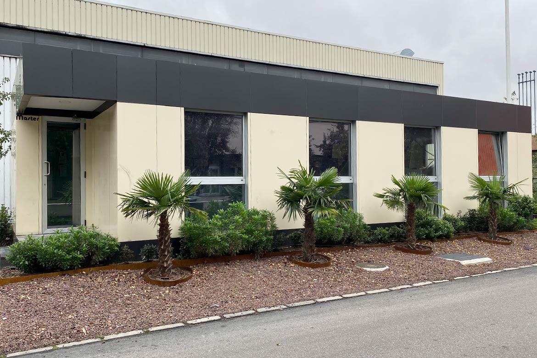 Oficina prefabricada para Michelin