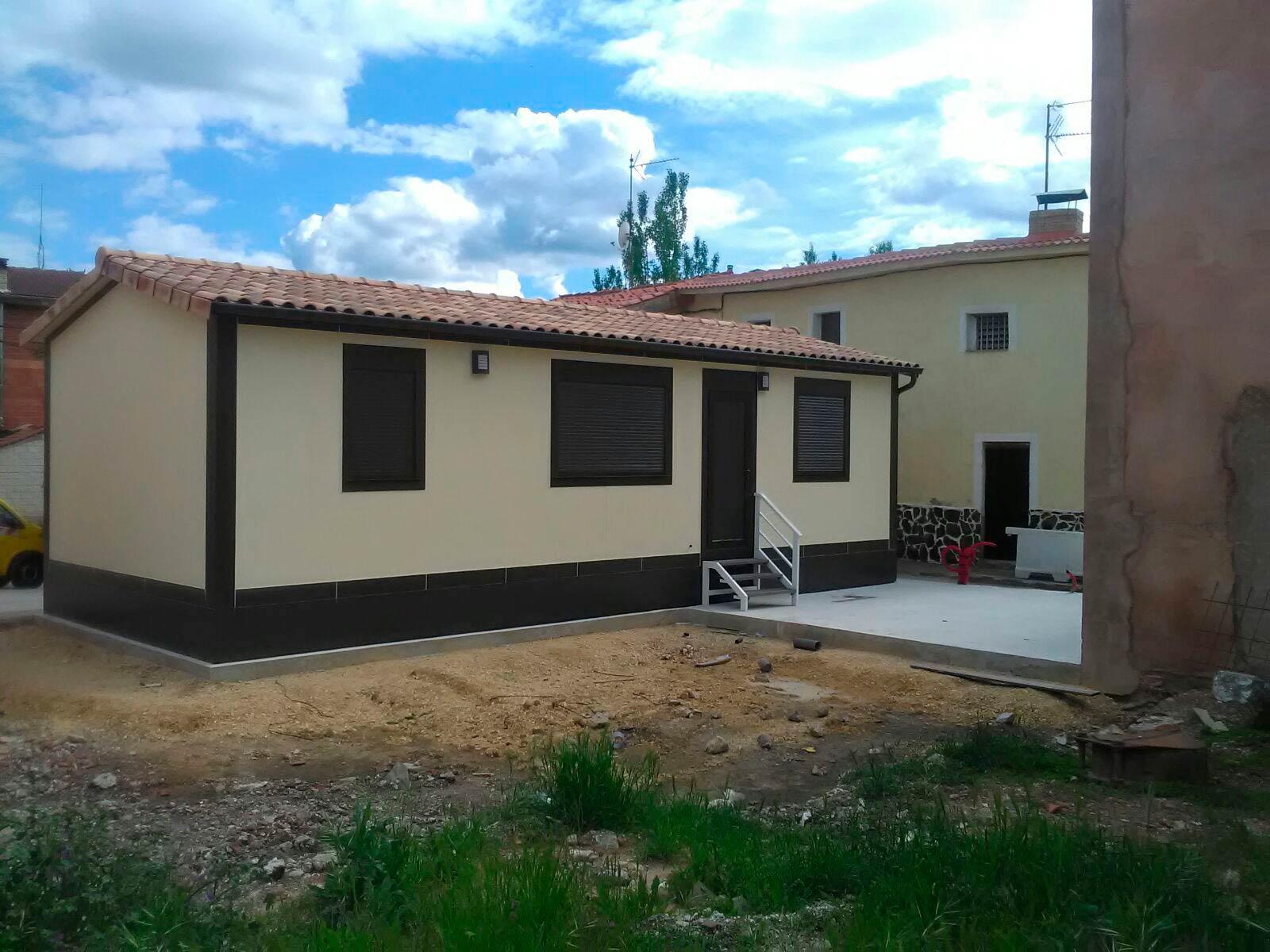 Casa integrada en un pueblo de burgos lercasa master Casas prefabricadas lerma
